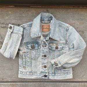 Kids Levi's jean jacket   size XS